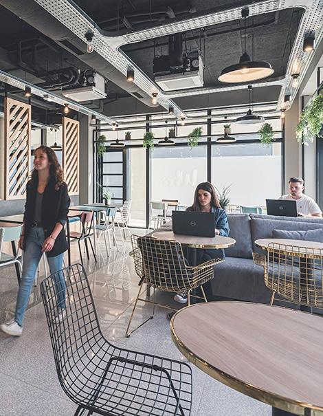 whoo-residence-bordeaux-bacalan-appartements-meubles-et-equipes-presentation-vue-interieure-espaces-communs